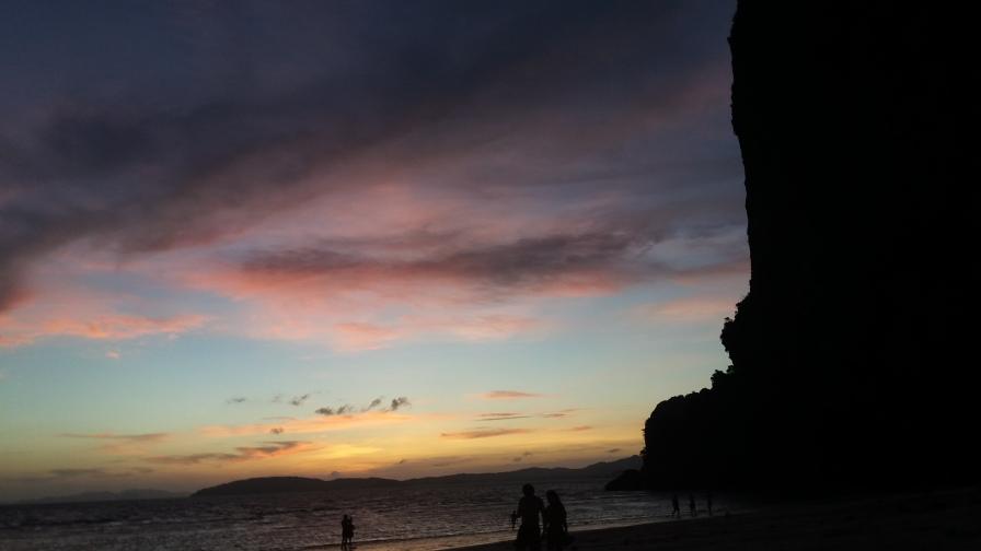 Sunset at East Railay Beach